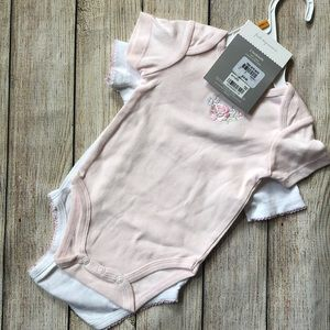 ✨5 for $25✨ Baby girl's body suits
